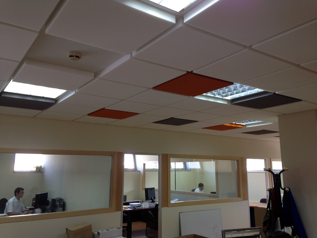 Tecno-Spuma renueva sus oficinas con Basotect para mejorar su confort acústico.